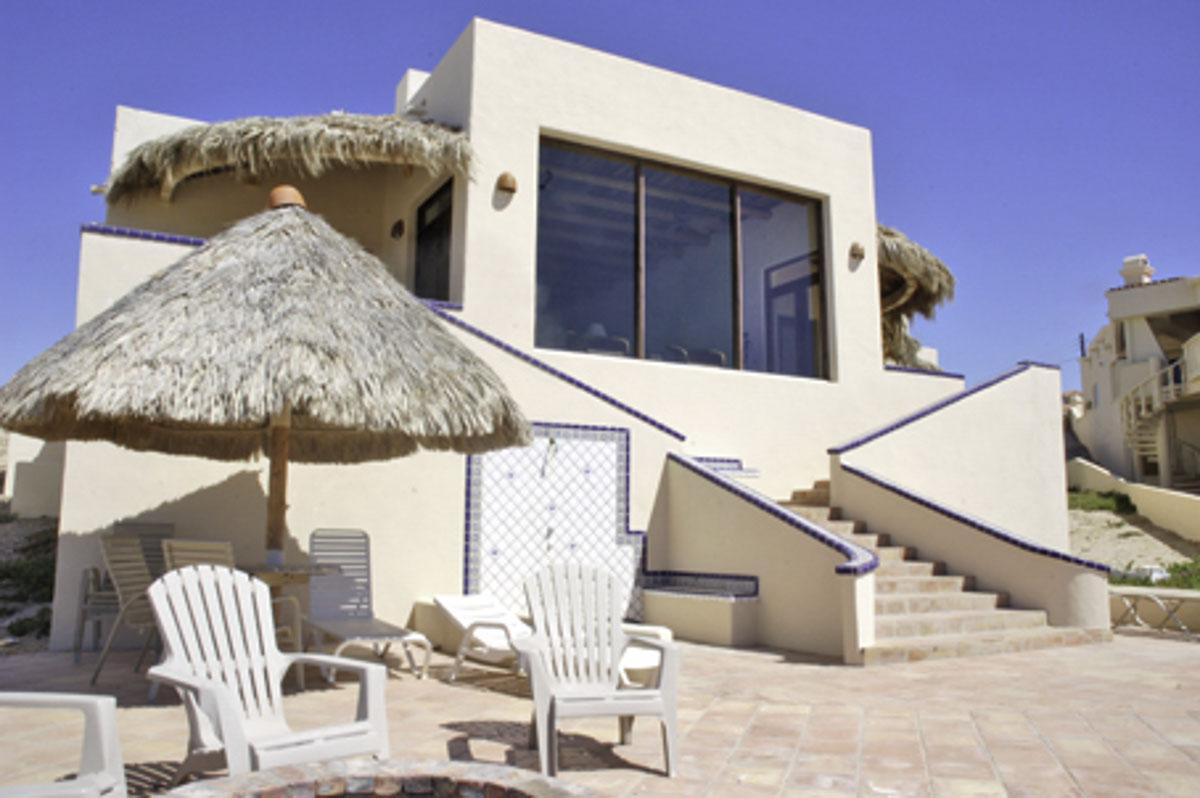 Fmi rentals home condo destinations for 360 salon fremont